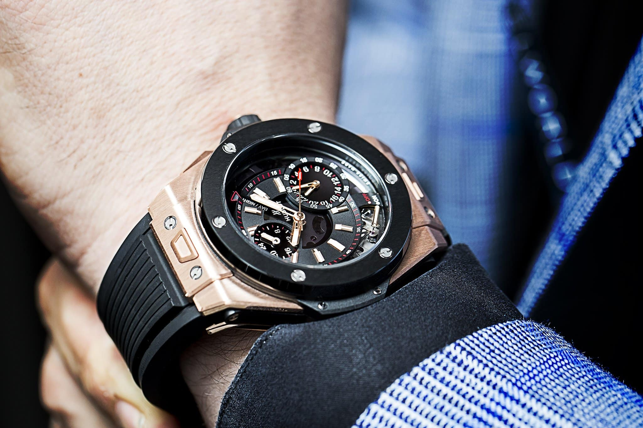 Hublot-Big-Bang-Alarm-Repeater-Watch-in-King-Gold-On-Wrist1