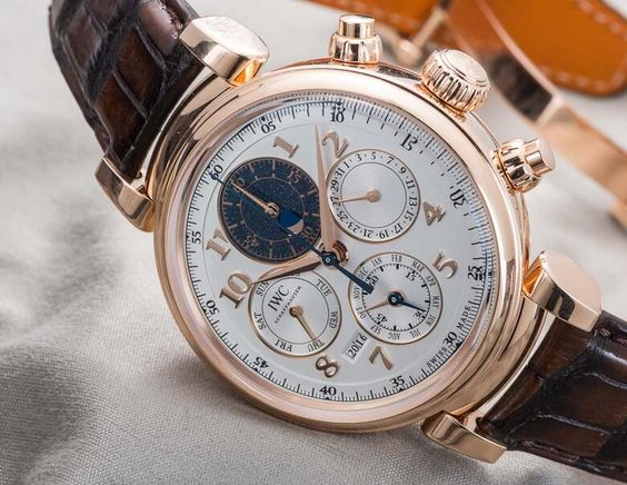 IWC Da Vinci IW392101 in 18k rose gold
